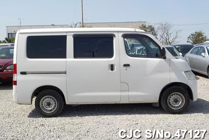 2011 toyota liteace van white for sale stock no 47127 japanese used cars exporter. Black Bedroom Furniture Sets. Home Design Ideas
