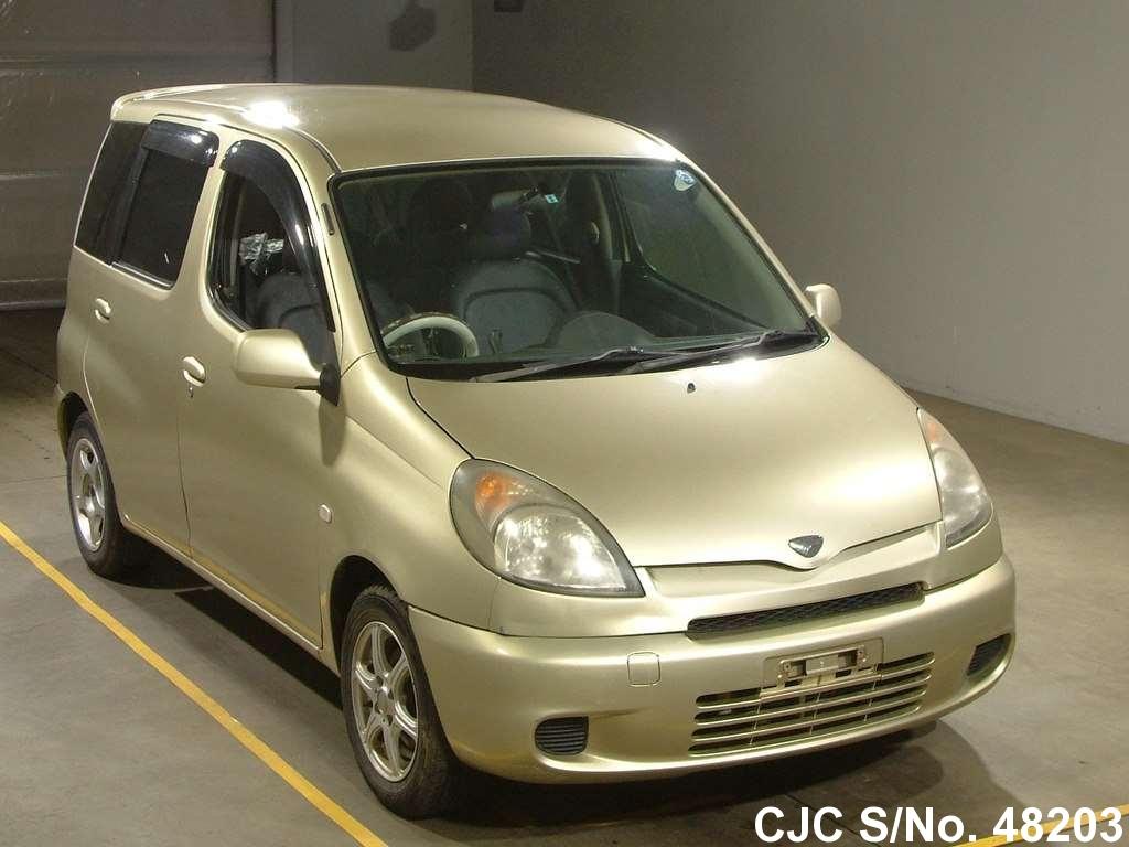 Toyota / Funcargo 2001 1.5 Petrol