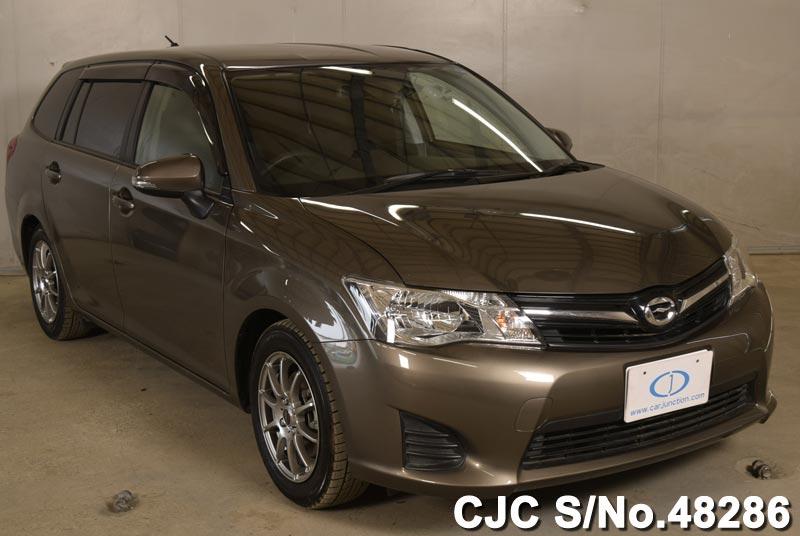 Toyota / Corolla Fielder 2014 1.5 Petrol
