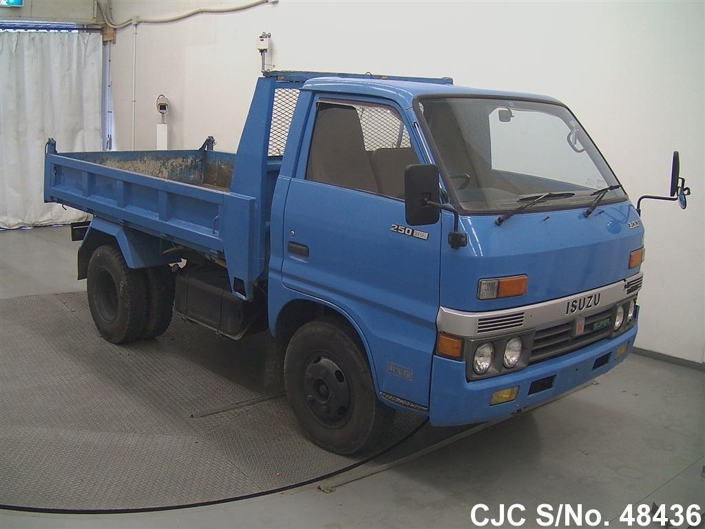 Isuzu / Elf 1983 3.3 Diesel