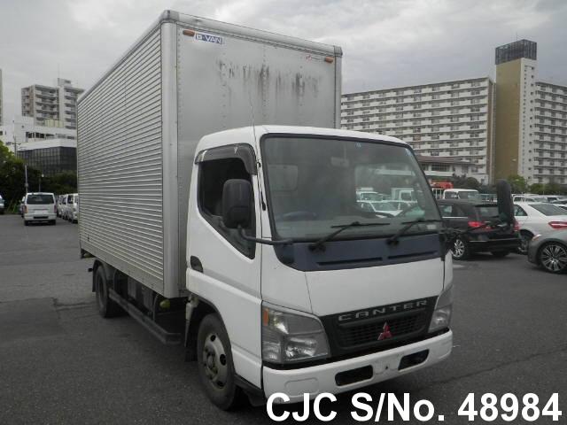 Mitsubishi / Canter 2005 4.9 Diesel