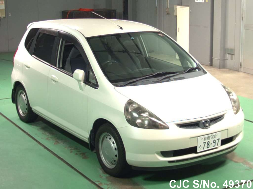 honda fit japanese used cars car junction japan. Black Bedroom Furniture Sets. Home Design Ideas
