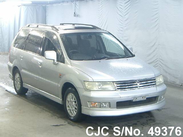 Mitsubishi / Chariot 1999 2.4 Petrol