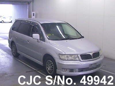 Mitsubishi / Chariot 2002 2.4 Petrol
