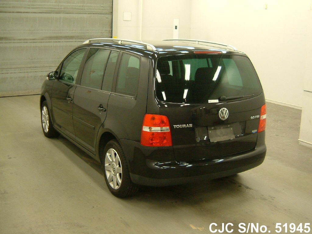 2005 volkswagen golf touran black for sale stock no 51945 japanese used cars exporter. Black Bedroom Furniture Sets. Home Design Ideas