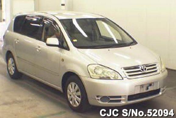 2001 Toyota / Ipsum Stock No. 52094