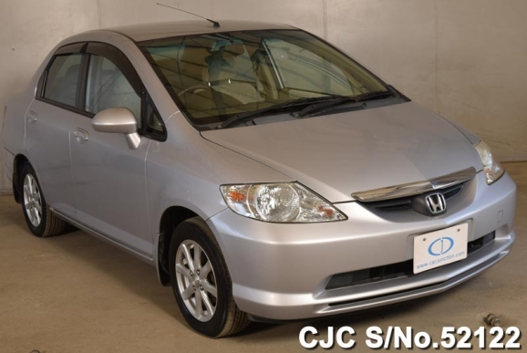 Honda Fit/ Aria