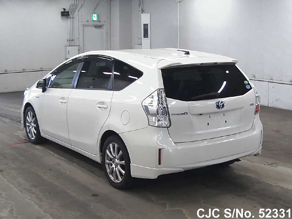 2013 toyota prius alpha pearl for sale stock no 52331 japanese used cars exporter. Black Bedroom Furniture Sets. Home Design Ideas