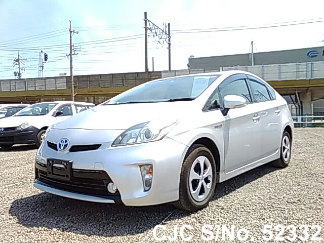 2013 toyota prius hybrid silver for sale stock no 52332 japanese used cars exporter. Black Bedroom Furniture Sets. Home Design Ideas