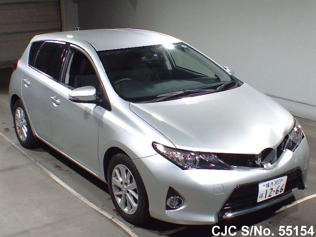 2013 toyota auris silver for sale stock no 55154. Black Bedroom Furniture Sets. Home Design Ideas