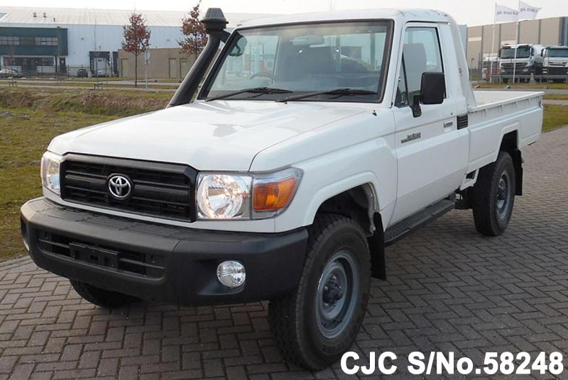 2015 Toyota / Land Cruiser Stock No. 58248