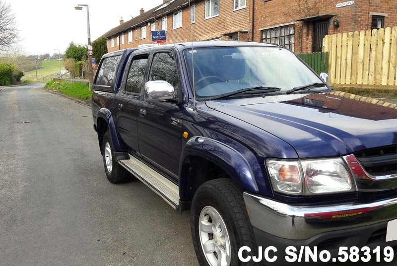 2002 Toyota / Hilux Stock No. 58319
