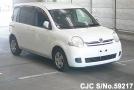 2007 Toyota / Sienta Stock No. 59217