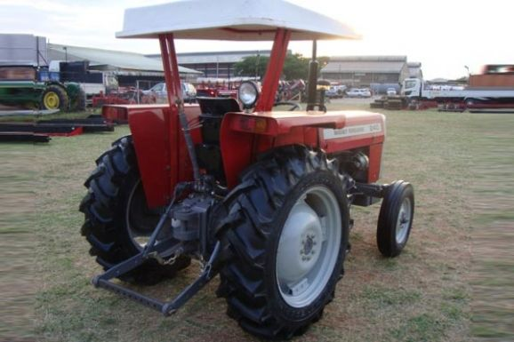 2017 Massey Ferguson / MF-240 Stock No. 62155