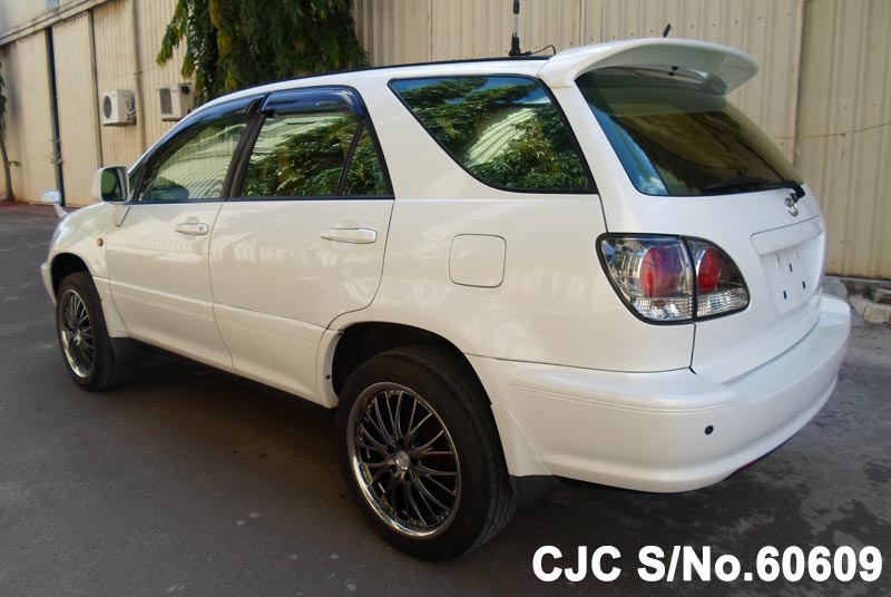 2002 Toyota / Harrier Stock No. 60609