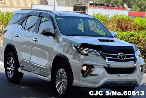 2017 Toyota / Fortuner Stock No. 60813