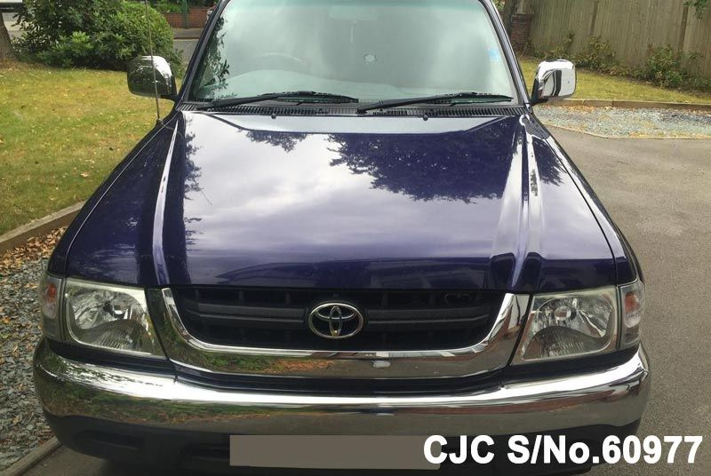 2004 Toyota / Hilux Stock No. 60977