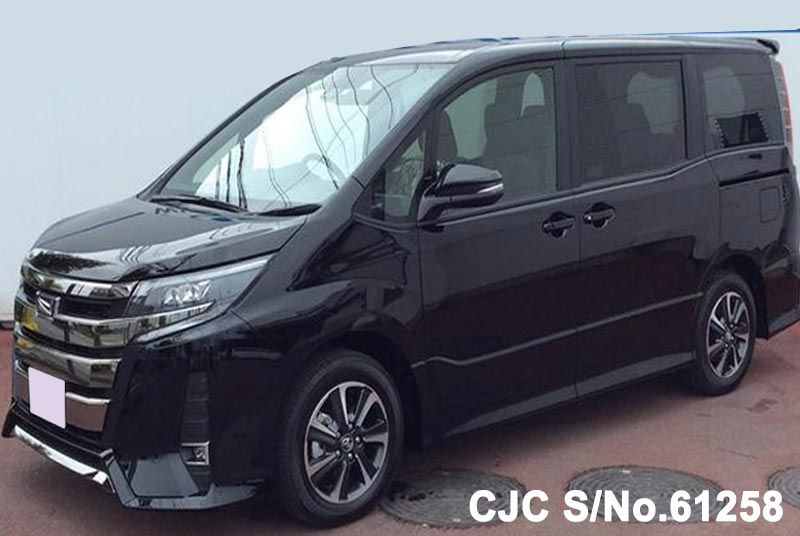 2017 Toyota / Noah Stock No. 61258