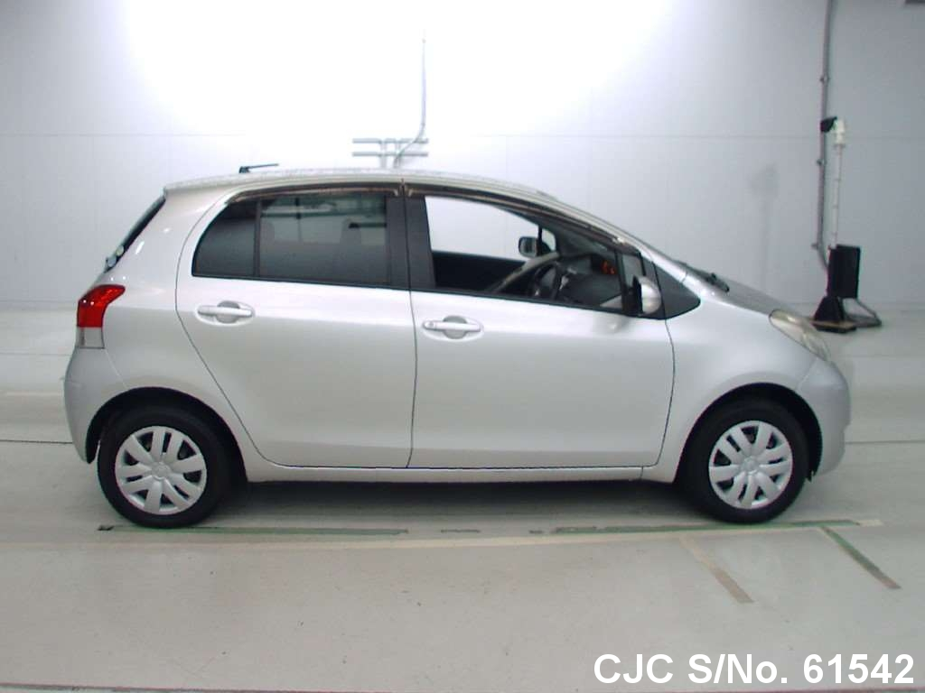 2010 Toyota / Vitz - Yaris Stock No. 61542