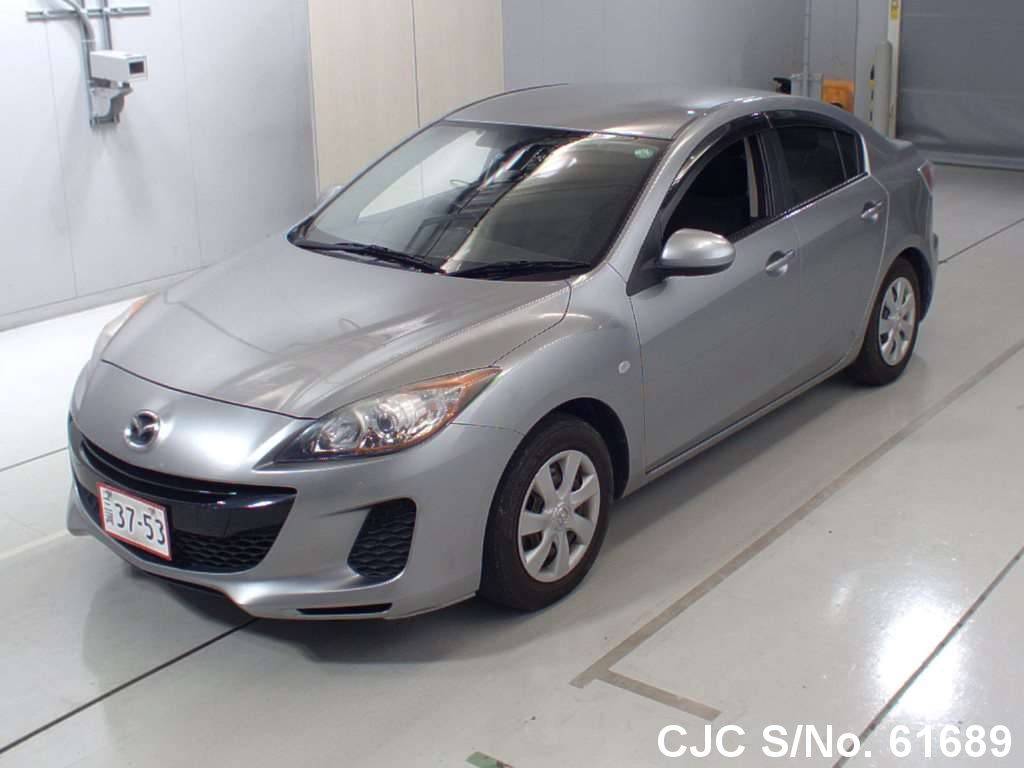2012 Mazda / Axela Stock No. 61689