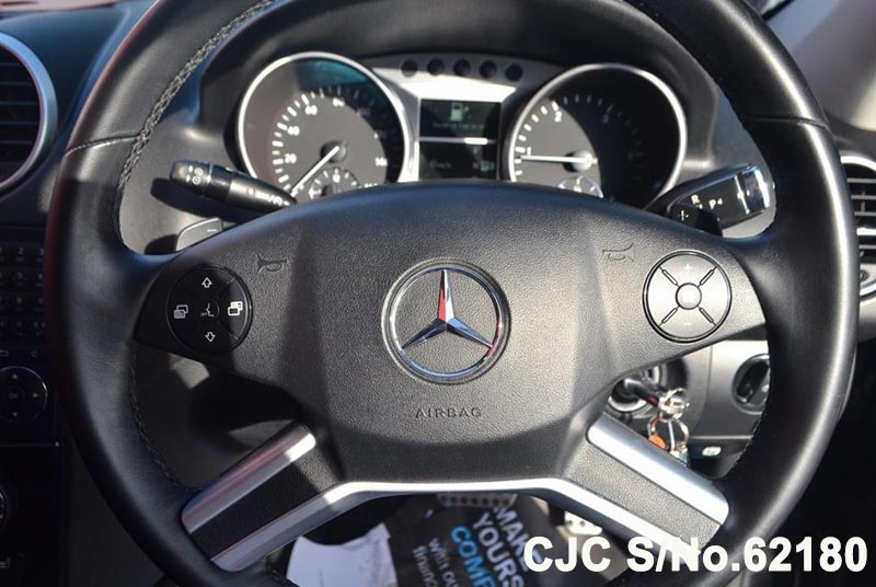 2011 Mercedes Benz / M Class Stock No. 62180