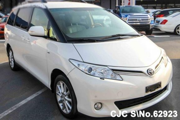 2011 Toyota / Previa Stock No. 62923