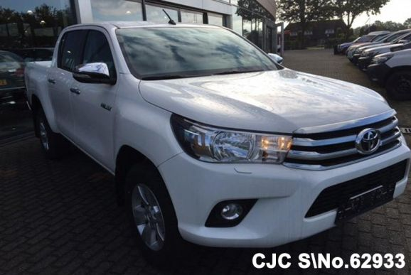 2017 Toyota / Hilux Stock No. 62933