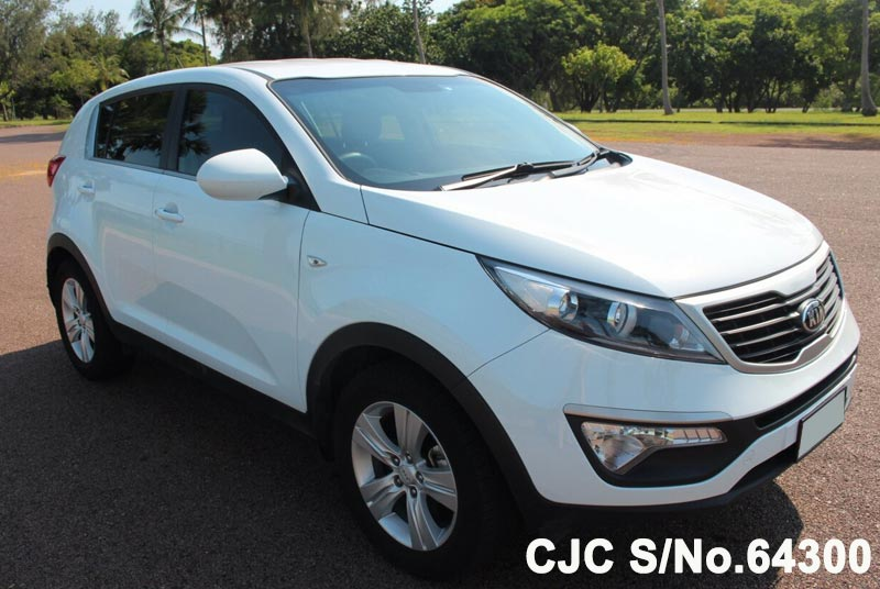 2013 kia sportage white for sale stock no 64300 japanese used cars exporter. Black Bedroom Furniture Sets. Home Design Ideas