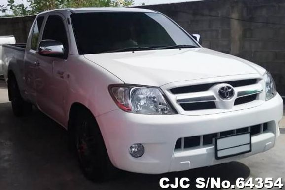 2006 toyota hilux white for sale stock no 64354. Black Bedroom Furniture Sets. Home Design Ideas