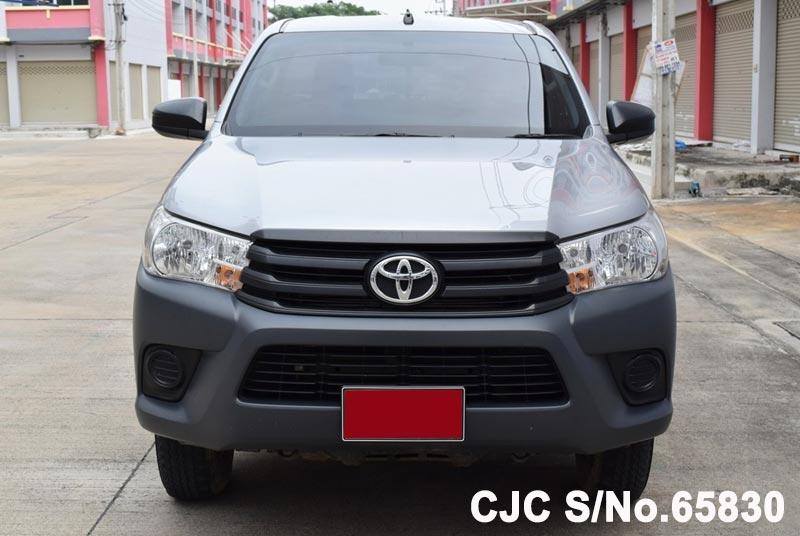 2016 Toyota / Hilux / Revo Stock No. 65830