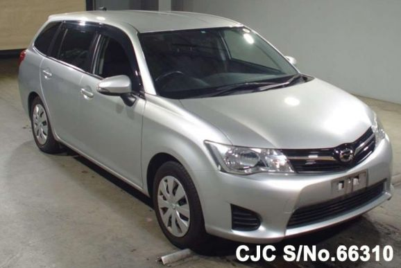 2013 Toyota / Corolla Fielder Stock No. 66310