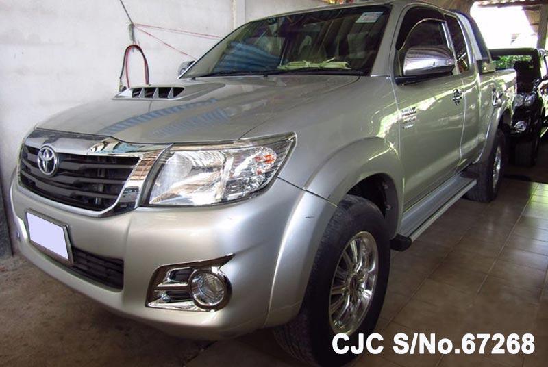 2013 Toyota / Hilux / Vigo Stock No. 67268