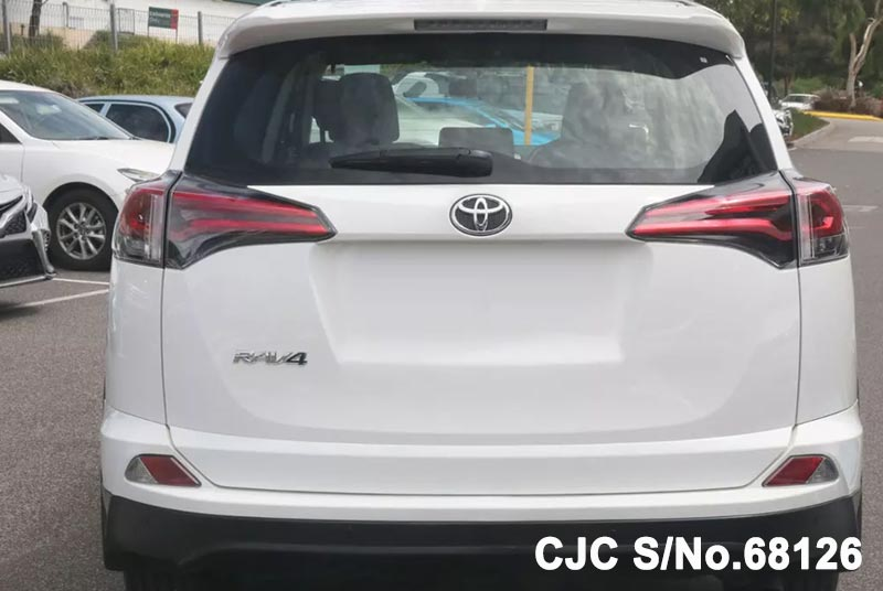 2018 Toyota / Rav4 Stock No. 68126