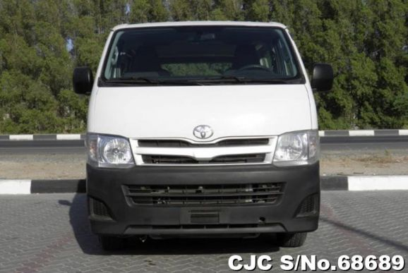 2013 Toyota / Hiace Stock No. 68689