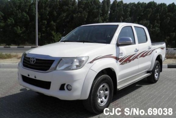 2014 Toyota / Hilux Stock No. 69038