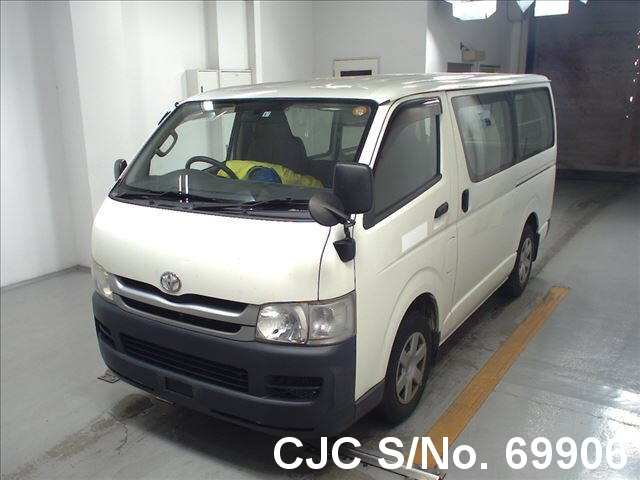 2010 Toyota / Hiace Stock No. 69906