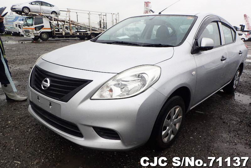 2013 Nissan / Tiida Latio Stock No. 71137