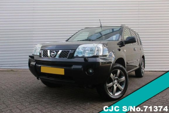 2005 Nissan / X-Trail Stock No. 71374