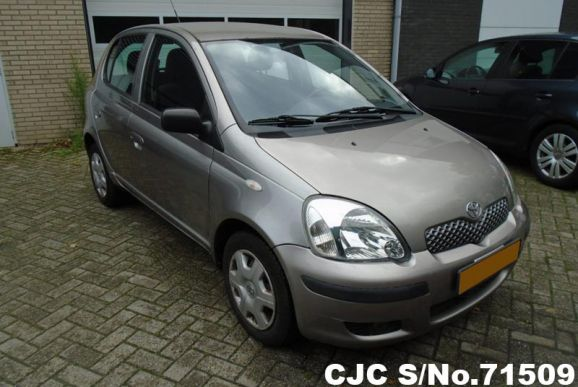 2003 Toyota / Vitz - Yaris Stock No. 71509