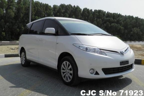 2015 Toyota / Previa Stock No. 71923