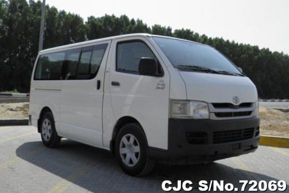 2010 Toyota / Hiace Stock No. 72069