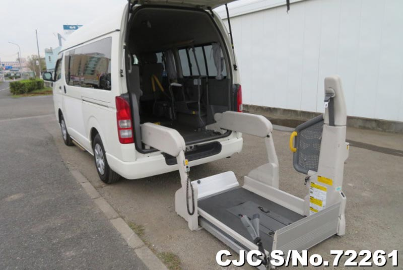 2008 Toyota / Hiace Stock No. 72261