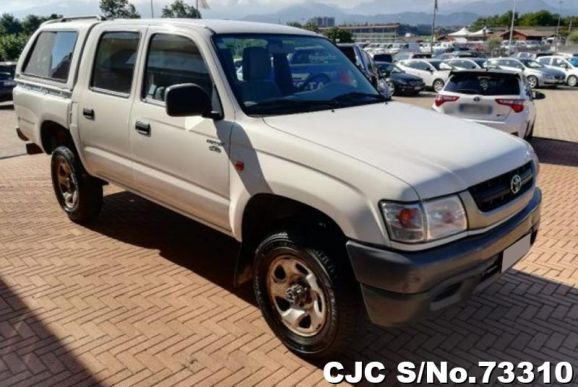 2003 Toyota / Hilux Stock No. 73310
