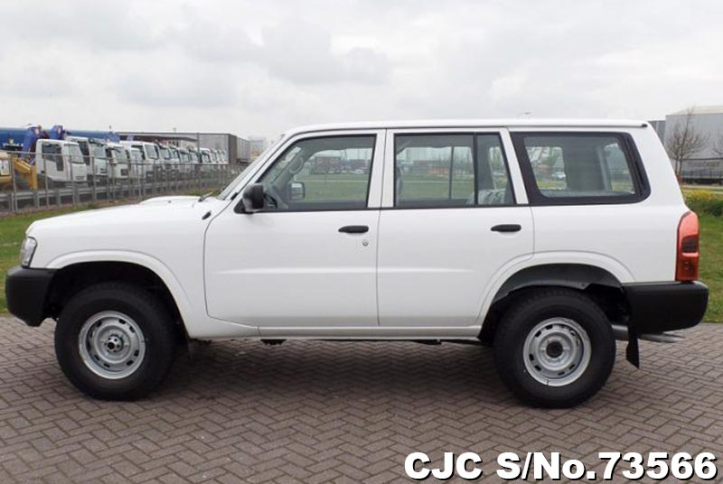 2015 Nissan / Patrol Stock No. 73566