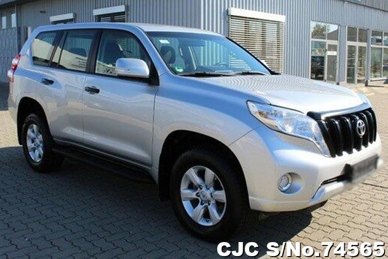 2016 Toyota / Land Cruiser Stock No. 74565
