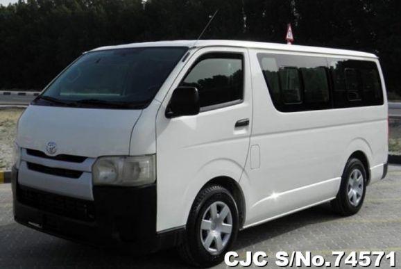 2014 Toyota / Hiace Stock No. 74571