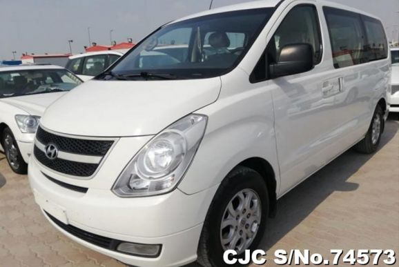 2010 Hyundai / H1 Stock No. 74573