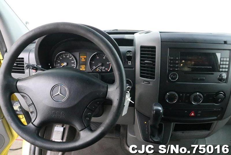 2009 Mercedes Benz / Sprinter Stock No. 75016