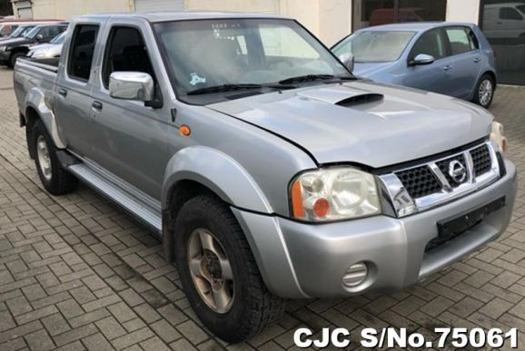 2002 Nissan / Navara Stock No. 75061