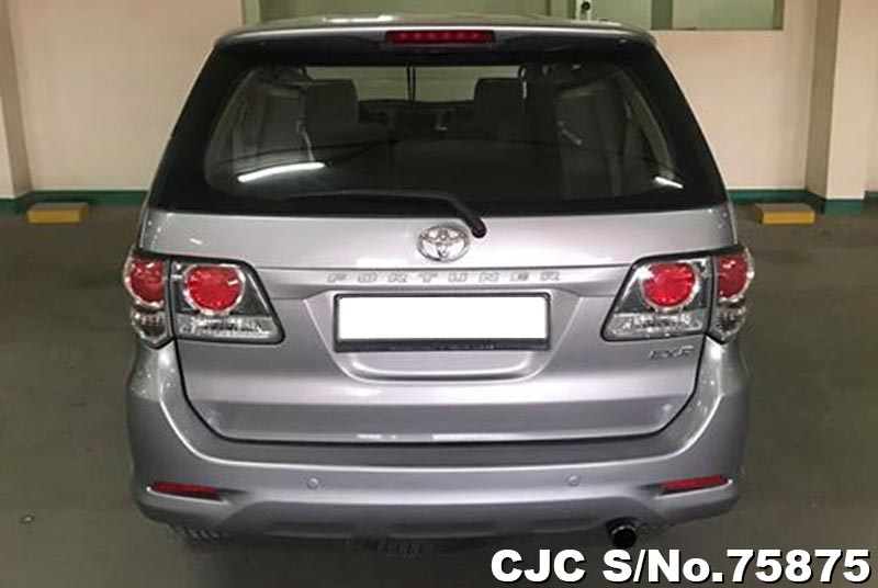 2015 Toyota / Fortuner Stock No. 75875
